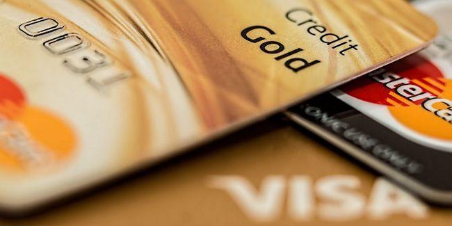 finanzas de dinero a fugas de crédito
