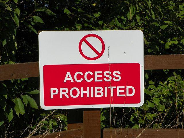 Acceso a prohibición
