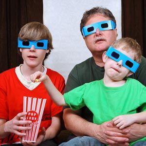 4 Sitios web que ofrecen apto para familias calificaciones y opiniones sobre las películas