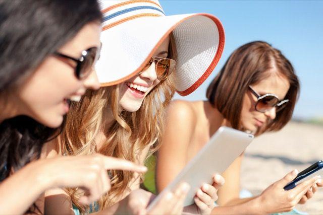 tablet-en-playa