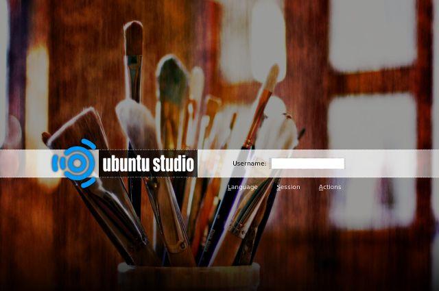 Creative-linux-distros-UbuntuStudio-login
