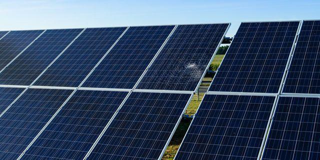 Los paneles solares de garantía