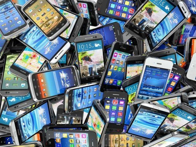 Pila de teléfonos inteligentes