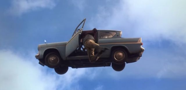 flying-ford-Anglia-harry-potter