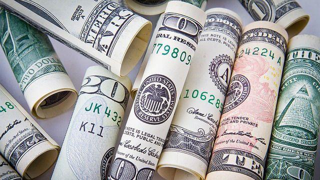 falta de dinero ¿Cómo-mucho
