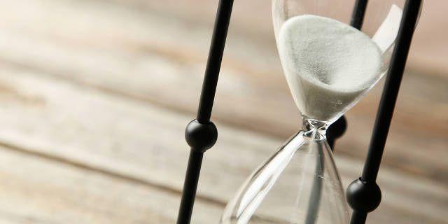 ser-más-decisivas-reloj de arena
