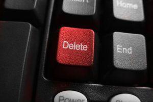 Puede eliminar su cuenta de Facebook.