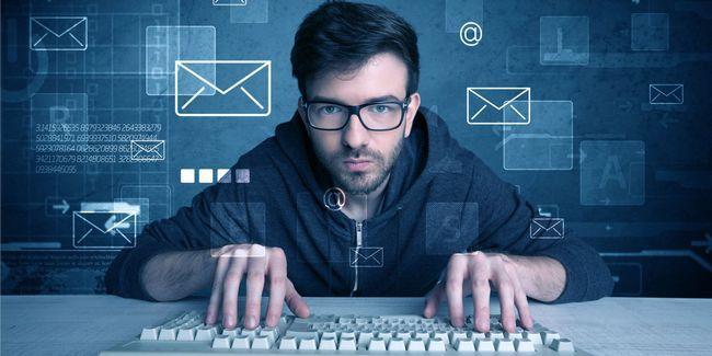 ¿Cómo encontrar la dirección de correo electrónico de alguien