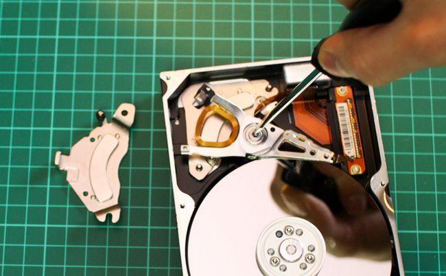 Extracto de disco duro imán