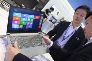 Algunos ordenadores portátiles contienen tecnología para proteger el disco duro en caso de caída.