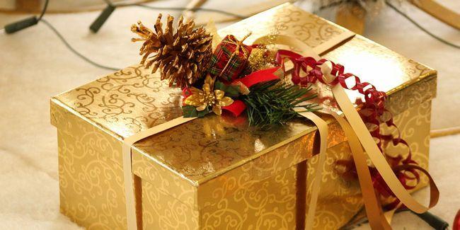 Hacer envoltura de regalos menos aburrido con estas ideas inspiradas