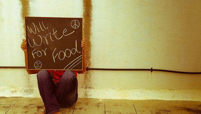 va a escribir por alimentos