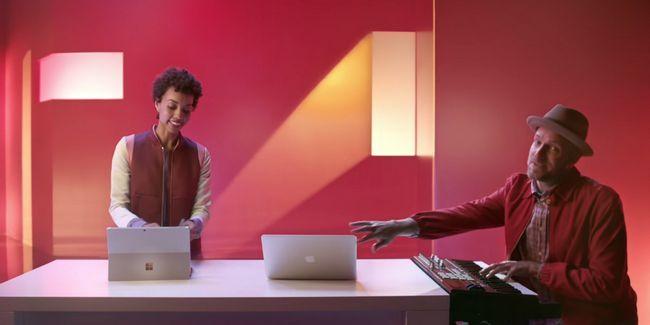 Microsoft ataca a apple macs, el trabajo de google de forma gratuita ... [Compendio de noticias de tecnología]