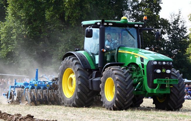 Nada drm como un deere: ¿por qué los agricultores no pueden fijar sus propios tractores