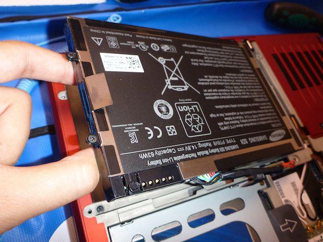 retire la batería portátil