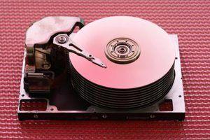 SSD son considerablemente más ligero que un disco duro SATA.