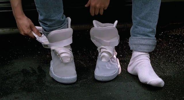 0811-auto-cordón-zapatos