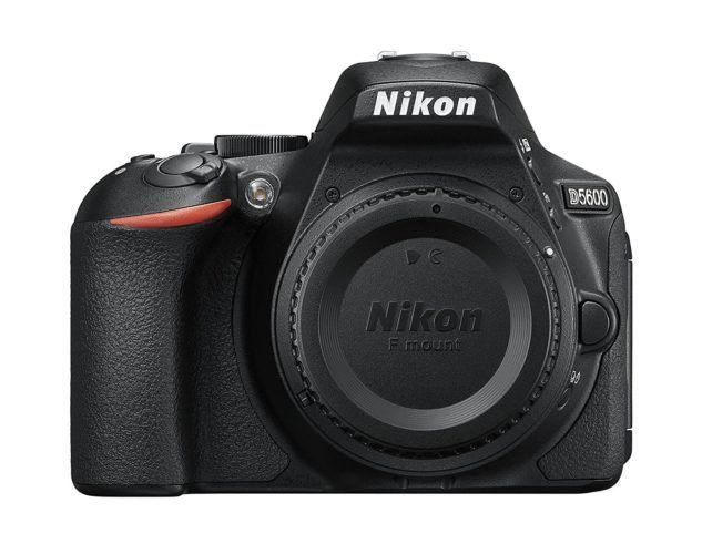 Nikon D5600;
